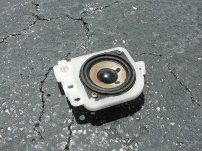'99-'05 Driver side Bose Tweeter