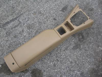 99-00 Center Console, Tan with broken hinge. - Image 1