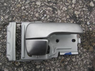 '99 - '05 Inner Door Handle - Image 1