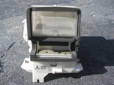 '90-'97 Miata Heater Core with Housing - Image 1