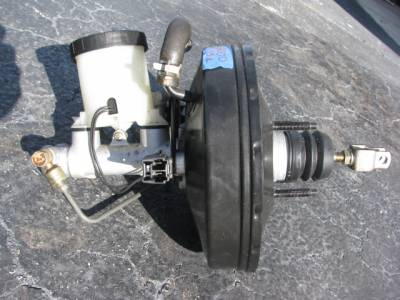 Brake Master Cylinder and Booster '99-'00 - Image 1