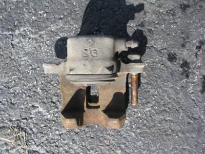 Miata 90 - 93, 1.6 Front Brake Caliper - Image 1