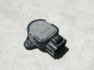 Miata 99-05 - Engine & Accessory Components - 1.8 Throttle Position Sensor '99 - '05 - FREE SHIPPING