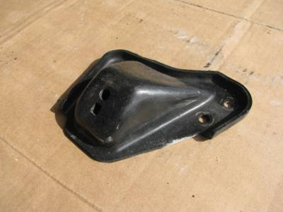 '99-'00 Engine Mount Bracket (Passenger) - Image 2