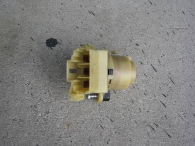 Ignition Switch '90-'97 - Free Shipping