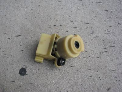 Miata 90-97 - Electrical, Engine and Body - Ignition Switch '90-'97 - Free Shipping