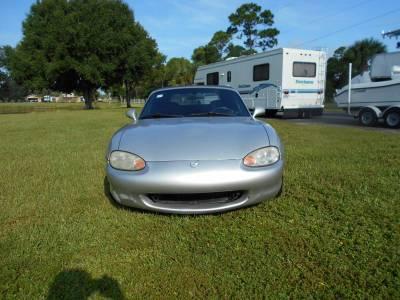 1999 Silver Mazda Miata - Image 3