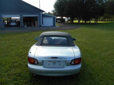 1999 Silver Mazda Miata - Image 6