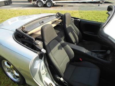 1999 Silver Mazda Miata - Image 15