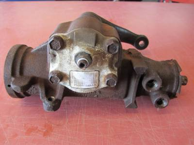 2001 Jeep Wrangler 4.0 power steering box with pitman arm - Image 2
