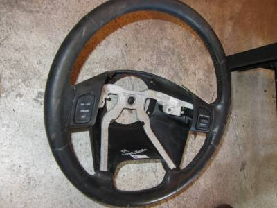 05 Jeep Wrangler tj umlimited steering wheel (with cruise control) - Image 2