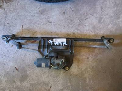 Used 1997 - 2006 TJ Jeep Parts - Electrical, Engine & Body - 05 Jeep Wrangler TJ Unlimited wiper motor links assembly with motor
