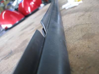Miata '90 - '05 Belt Line Molding