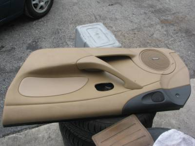 '01-'05 Tan Bose Door Panel Passenger side - Image 2