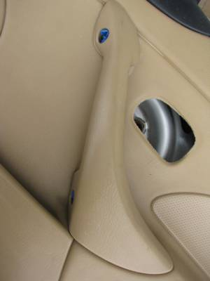 '01-'05 Tan Bose Door Panel Passenger side - Image 3