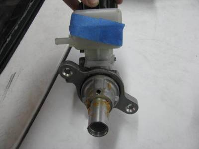 06-11 Miata Brake Master Cylinder - Image 2