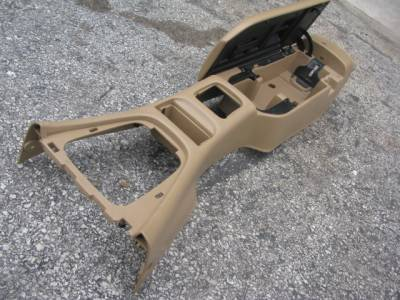 99-00 Center Console, Tan with broken hinge. - Image 3