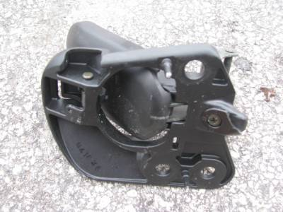 '90 - '05 Convertible Top Latch Driver Side - Image 3
