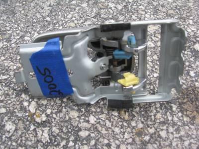 '99 - '05 Inner Door Handle - Image 2