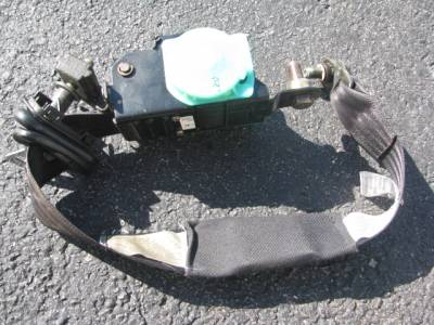 1999-2000 Seat Belt Assembly - Image 2