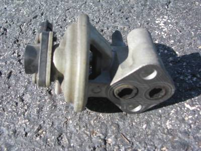 Miata 90-97 - Engine & Accessory Components - EGR Valve '94-'97