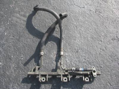 Miata 90-97 - Engine & Accessory Components - '94 - '97 1.8 Fuel Rail