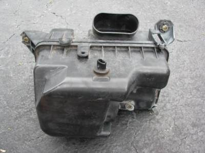 '99-'05 1.8 Air Box/Cleaner Assembly