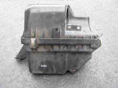 '99-'05 1.8 Air Box/Cleaner Assembly - Image 3