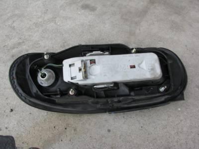 Mazda Miata '90-'97 Tail Light Assembly, Driver - Image 2