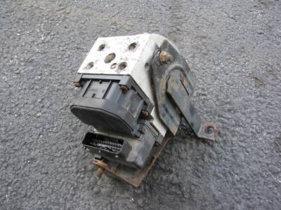 Miata 99-05 - Suspension, Chassis, Steering, Brakes - '01-'05 ABS Unit