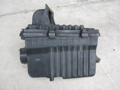 '90-'93 1.6 Air Box/Cleaner Assembly