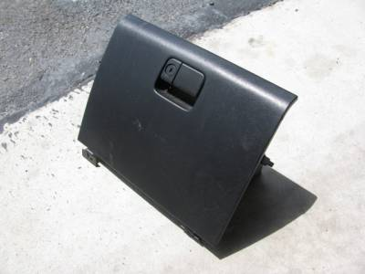 Miata 90-97 - Body, Internal Inc. Seats, Dash, AC, Tops - '94-'97 Black Glove Box