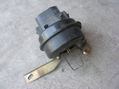 Miata 90-97 - Electrical, Engine and Body - '90-'97 Cruise Control Servo Actuator