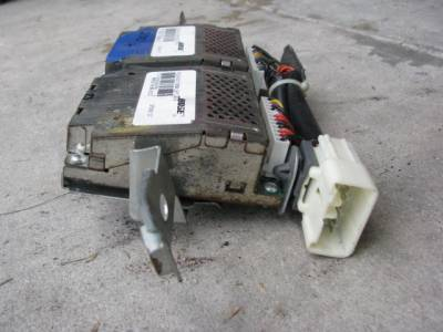 '99-'05 Bose Amplifier Unit