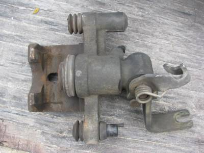 Miata 90-97 - Suspension, Chassis, Steering, Brakes - Miata 90 - 93, 1.6 Rear Brake Caliper