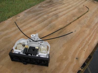 99-05 AC Control Unit - Image 2