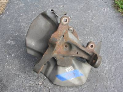 NA 1.6 Front Hub With Spindle '90 - '93 - Image 2