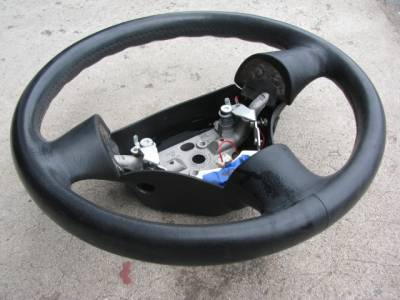 99 - 00 Leather Steering Wheel, No Airbag