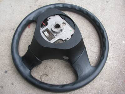 99 - 00 Leather Steering Wheel, No Airbag - Image 3