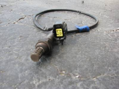Miata 99-05 - Engine & Accessory Components - 1.8 Front Oxygen Sensor '94-'00 - Free Shipping